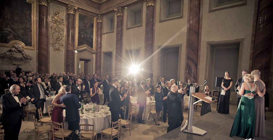 Peter Thiel, a well-known Facebook and PayPal Investor, meets the Next Generation in Vienna! • hayek gala 281014 0431 1