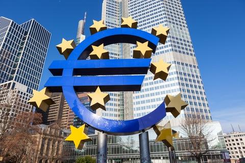 Why the Days of Central Banks are Numbered •